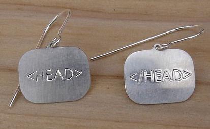 html head örhängen